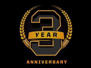3_year_logo-01-01_1x